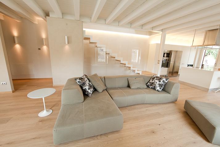 Costi piastrelle bagno idee per interni e mobili - Costi per ristrutturare un bagno ...