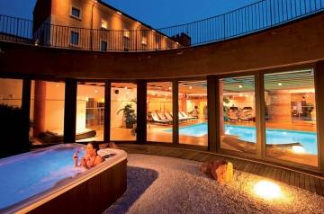 Regala un soggiorno a tutto benessere all'Hotel Veronesi La Torre