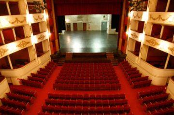 A.A.A. Cercasi Supereroi al Teatro Nuovo
