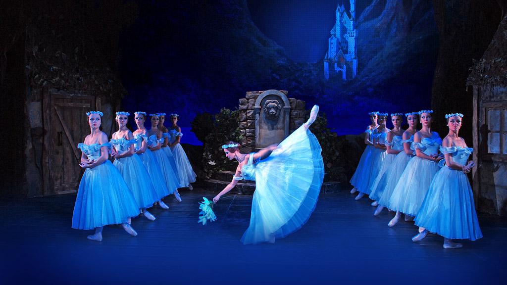 Giselle-balletto-2