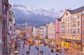 I Mercatini di Natale nella Capitale delle Alpi