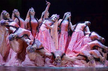 Caucasian Passion Show al Teatro Nuovo