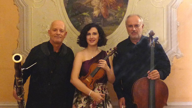 Estroso-Trio