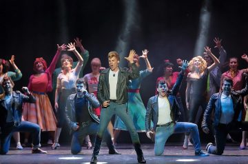 Grease - Divertiamoci a Teatro